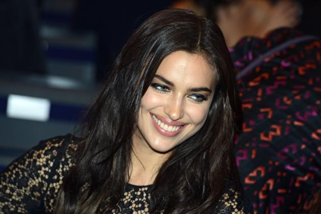 Irina Shayk Loves Hamburgers, Holidaying With Boyfriend Ronaldo and Doesn't Like Working Out