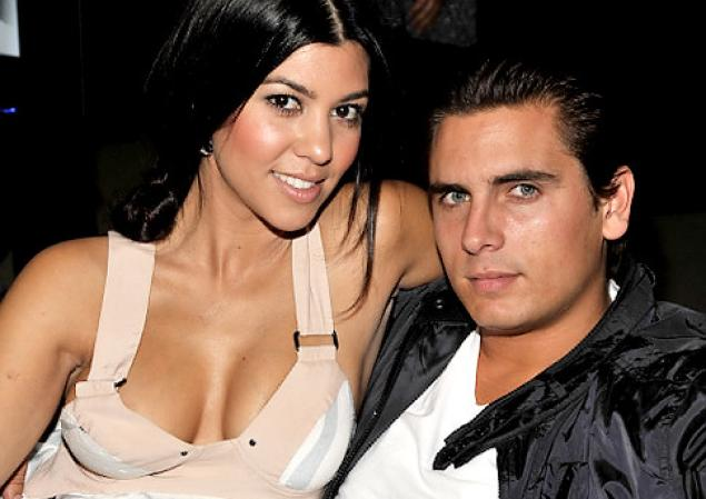Kourtney Kardashian Fuels Rumors She Is Expecting Baby No. 4 With Scott Disick on Snapchat!