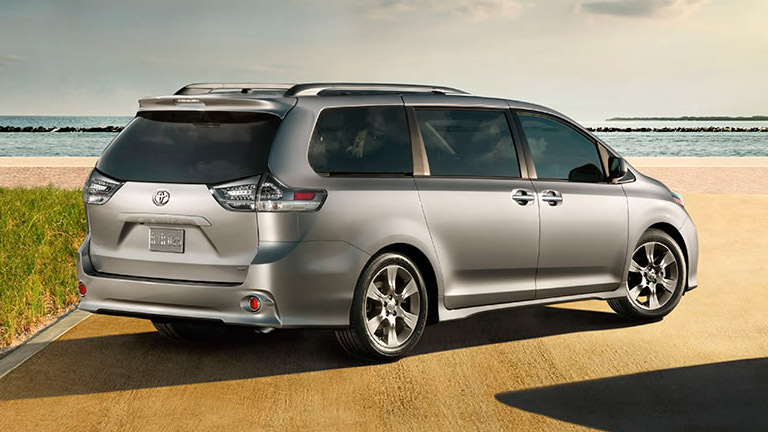 2015 toyota sienna ranks no 2 among top seven minivans. Black Bedroom Furniture Sets. Home Design Ideas