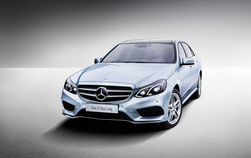 2017 Mercedes-Benz E-Class Breaks the Boundaries of Self-Driving Technology While Remaining a Benchmark among Luxury Cars!