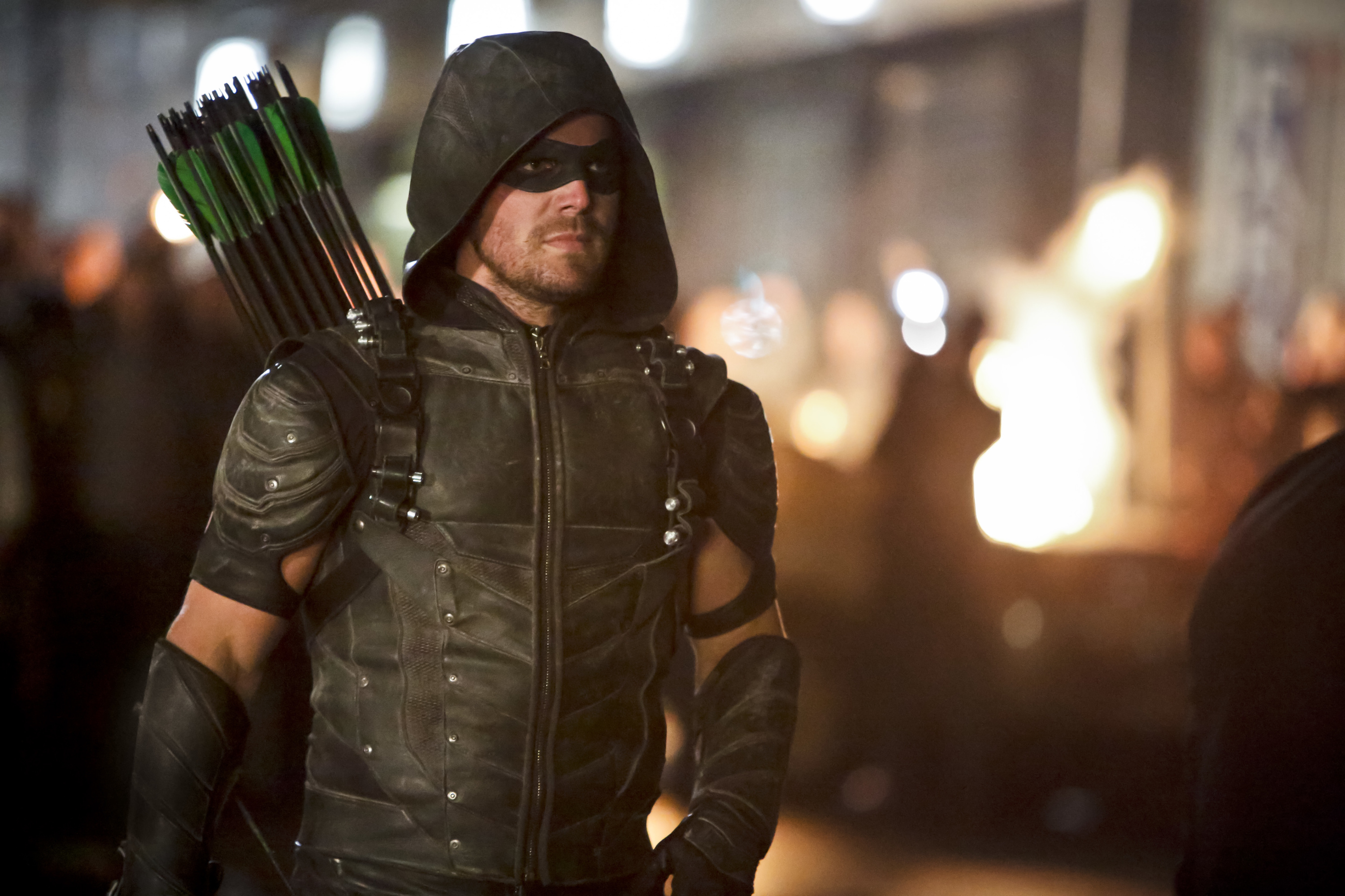 Arrow Season 5 Episode 4 Featured Oliver Queen and Lyla Working on a Secret Mission to Help Out Diggle, More Information!