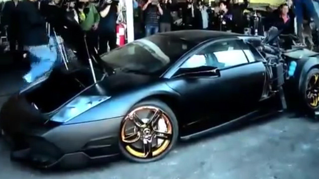 Taiwan Makes a Strong Statement on Traffic Laws by Crushing to Pieces a £280,000 Lamborghini Murcielago!