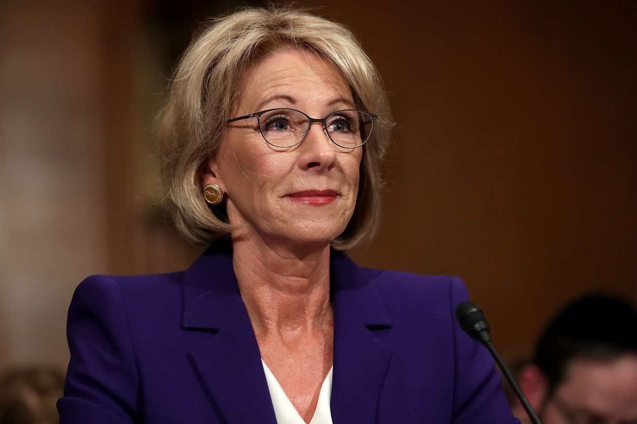 US Vice President Mike Pence Breaks Unprecedented a Tie in the Senate to Confirm Billionaire Betsy DeVos as Education Secretary!
