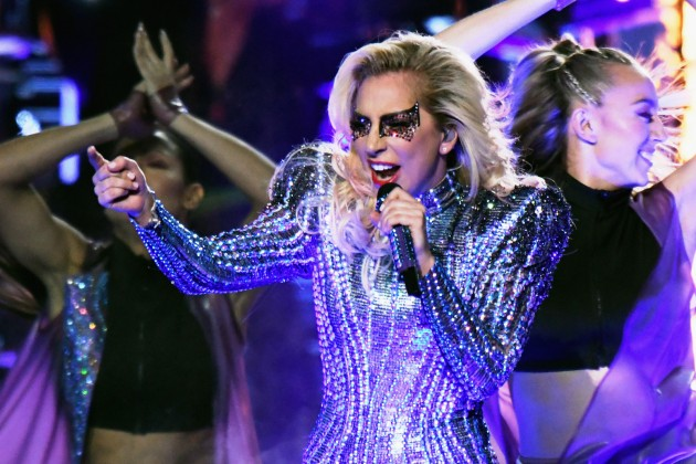 Lady Gaga Wins Super Bowl 51 for the Football Fans with a Splendid Halftime Performance!