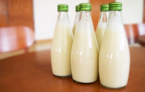 Vitamin D in Milk Whole, Half, of Skim