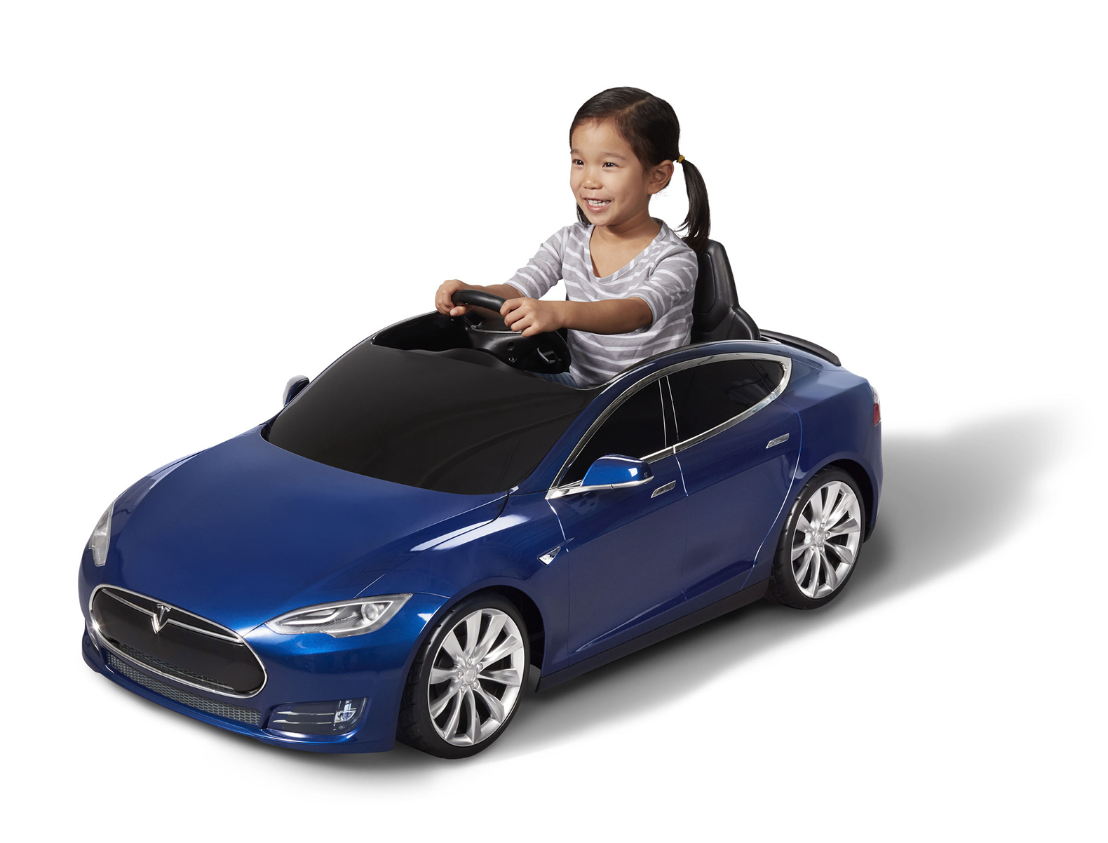 Radio Flyer Introduces 500 Tesla Model S Electric Cars For Kids Complete With The Iconic Logo And Lithium Ion Batteries Master Herald